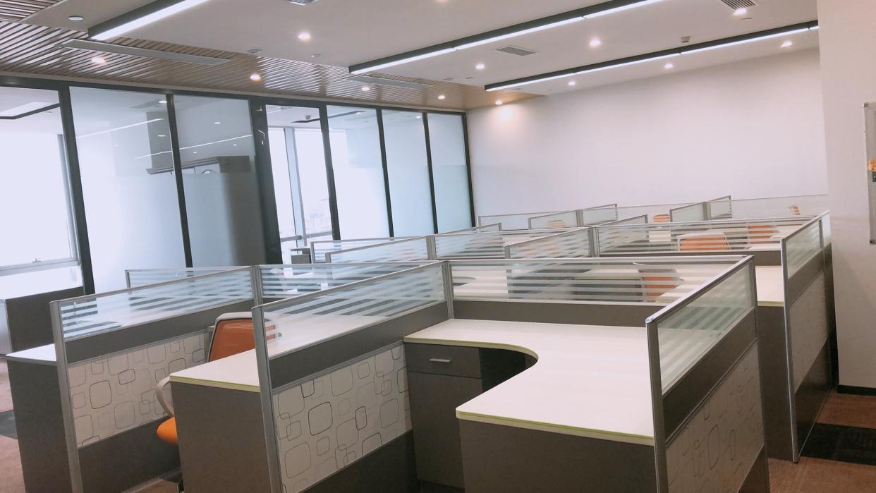 宝安大道福永地铁口大型商业性精装修写字楼期待您的入驻