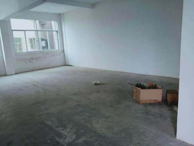 平湖华南城附近一楼厂房仓库出租