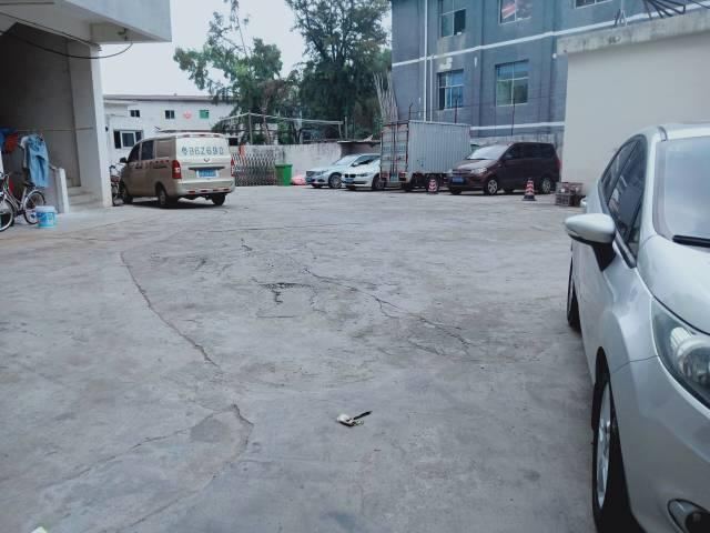 平湖大皇公商业中心附近一楼厂房出租