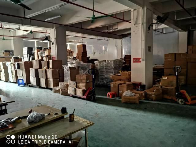 塘厦莲湖超大电梯带仓库生产车间厂房出租