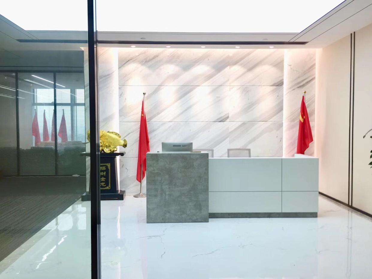 卓越时代广场宝安中心区435平带办公家私出租