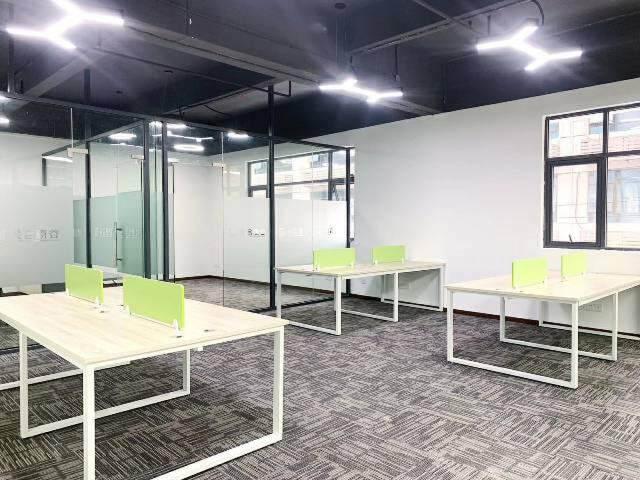 (出租)5号线洪浪北地铁口精装168平办公带家私出租图片6
