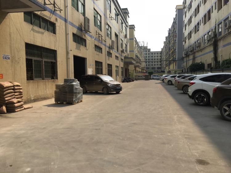 原房东出租福永镇桥头地铁口独栋厂房4500平整租29