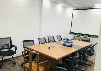 福永精装小户型办公室可注册可办租赁红本可供小面积客户创业图片5