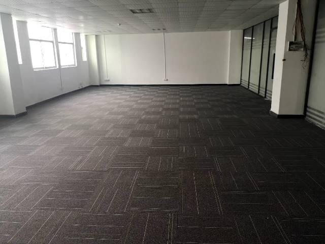 龙东电商园区招租180平方可分