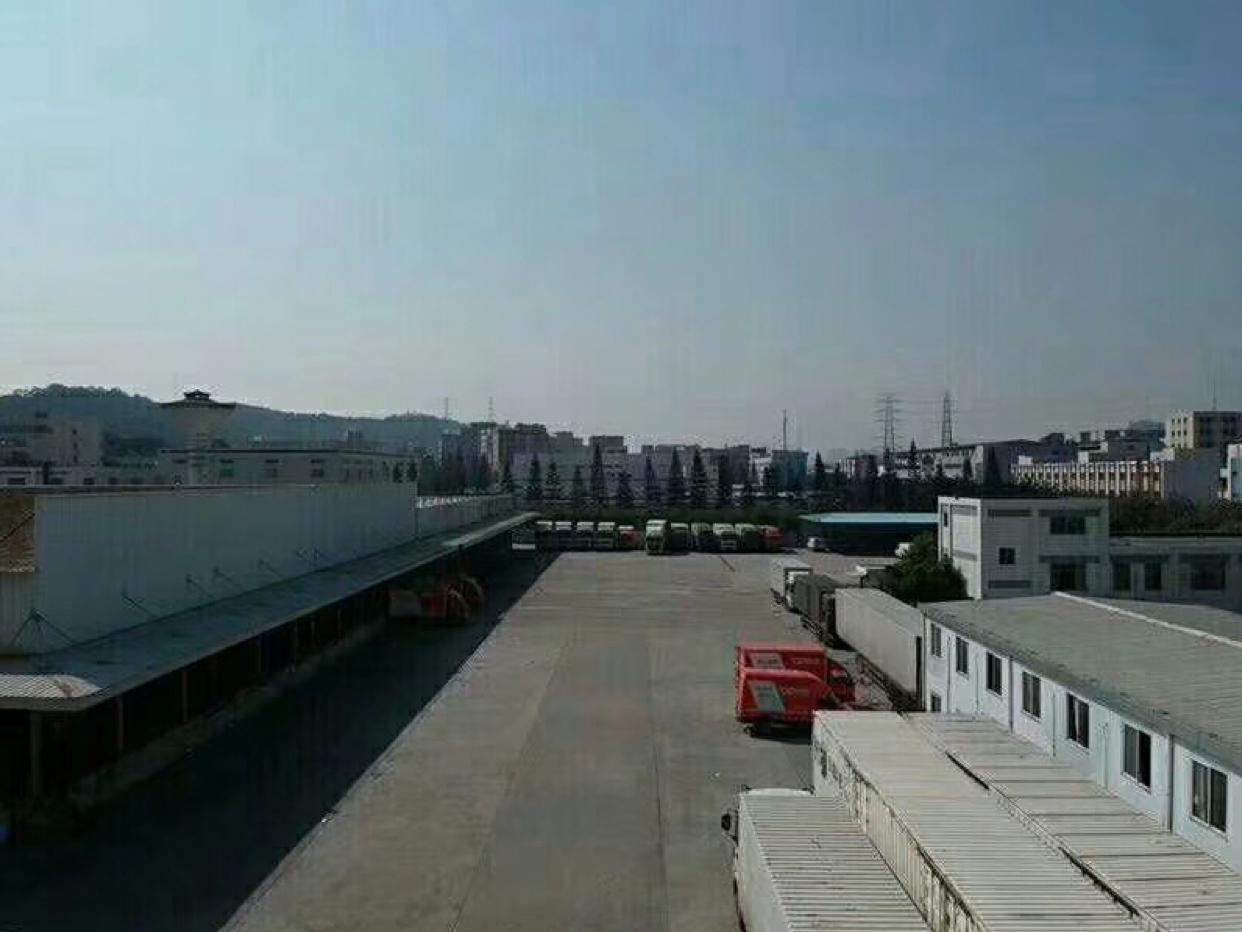 深圳坂田国际物流仓库9000高12米空地超大