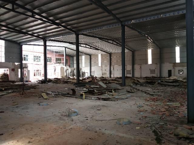 长安1楼钢构2000平报价25支持任何行业。独院空地大
