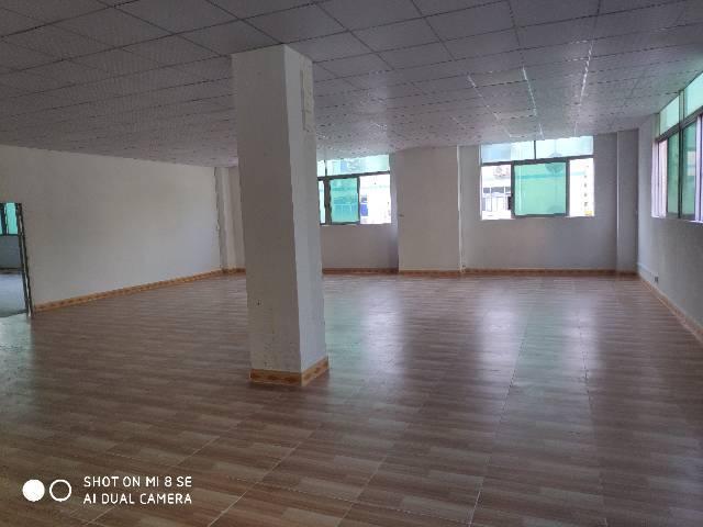 福永和平楼上700平厂房实际面积出租