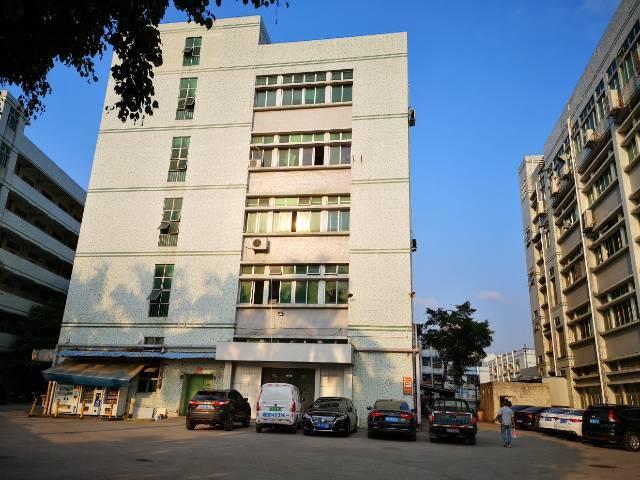 长圳松柏路旁,水电齐全精装修,适合仓库,电子行业。