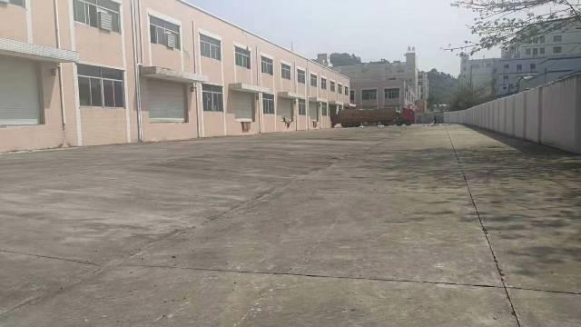 独门独院两层标准厂房6000平方带卸货平台