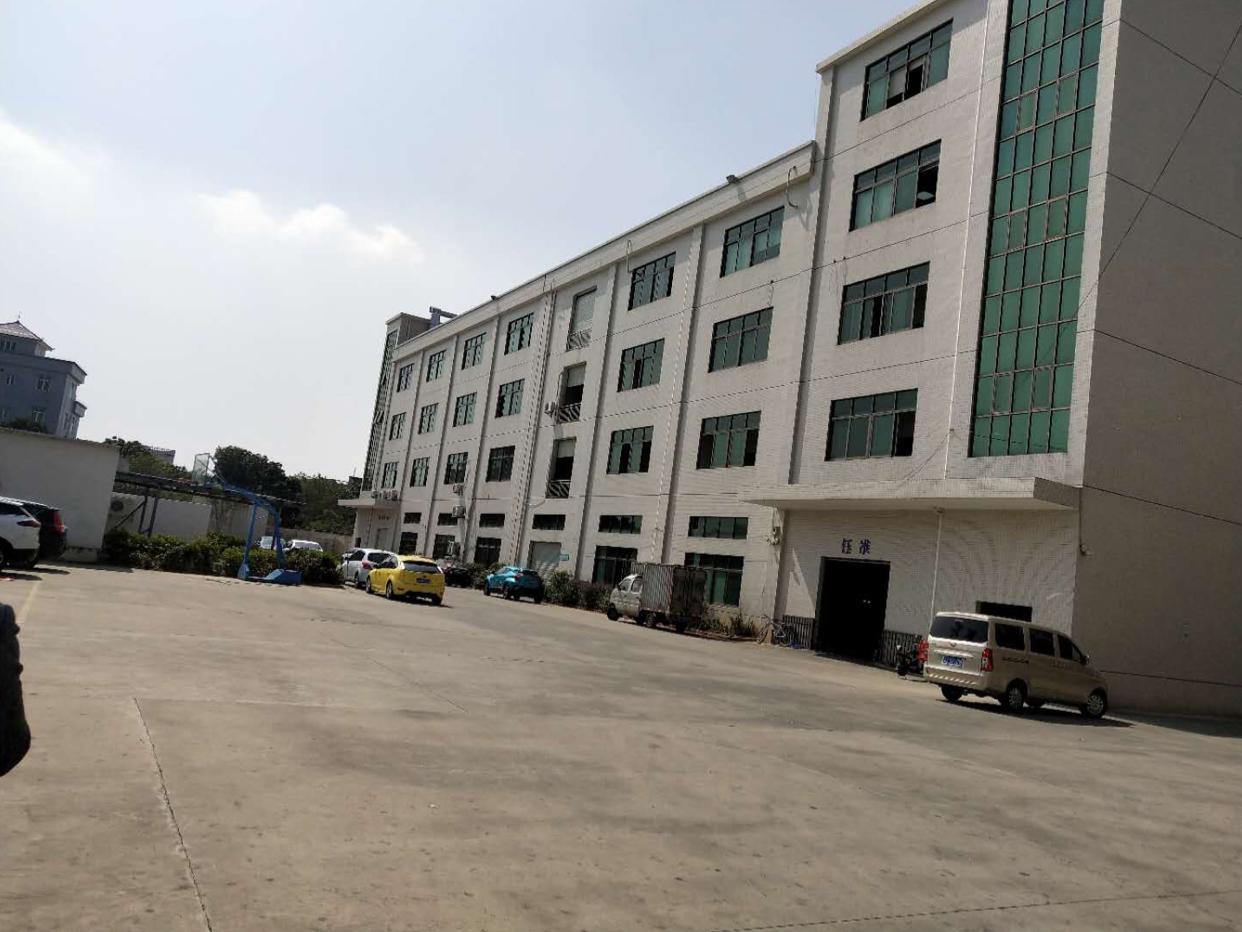 全新工业分租厂房,厂房2楼,3楼,带现成喷油环评,可谈可定。