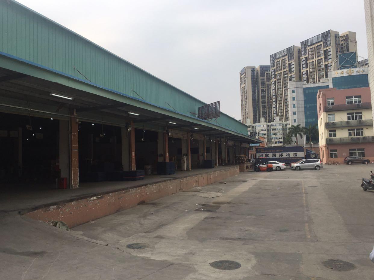 福永机场旁2400平米物流仓库出租