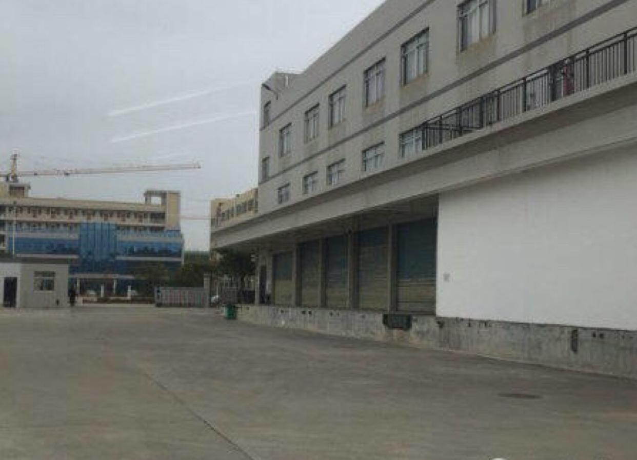 标准工业区一楼厂房6500平米有卸货平台