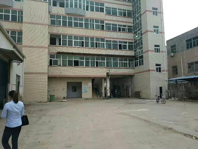 钟村新空出独栋标准厂房560平米,有环评,可办证