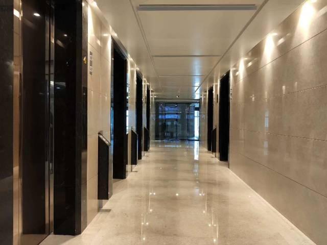 福田甲级写字楼636平精装修办公室招租