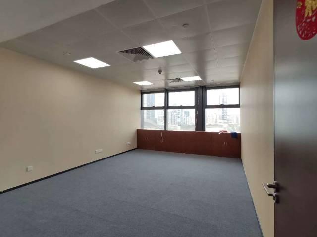 布吉地铁站口新出甲级写字楼150-2400平大小面积出租