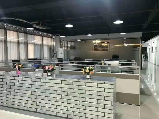 福永和平新出楼上整层760平米带豪华装修厂房,