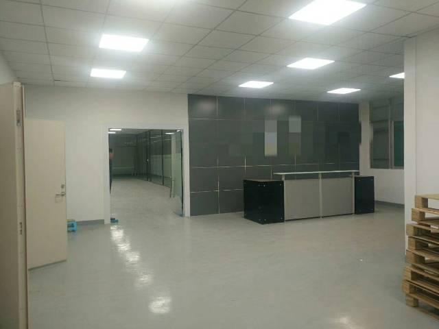 福永地铁口楼上精装修厂房1380平-图3