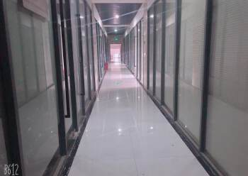 福永新出高层、双彩光写字楼120平图片2