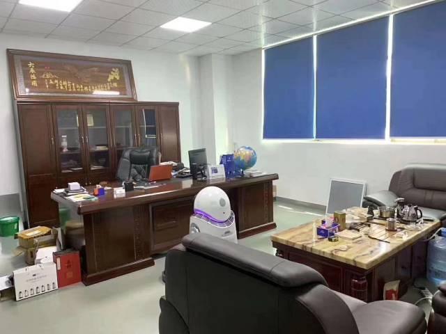 深圳市松岗大田洋一楼原房东实际面积900平厂房出招租