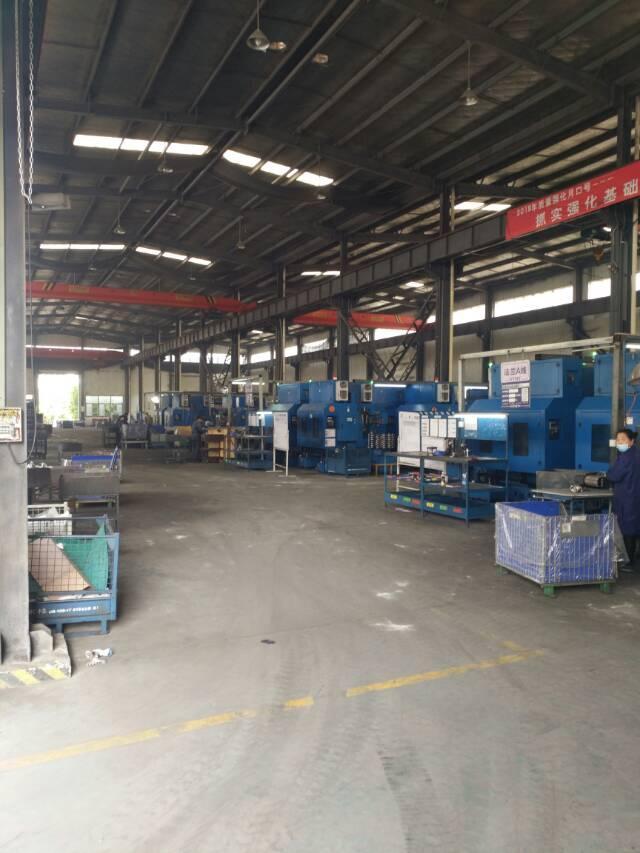 位于葛店开发区,两个门独户钢构3300平厂房出售,