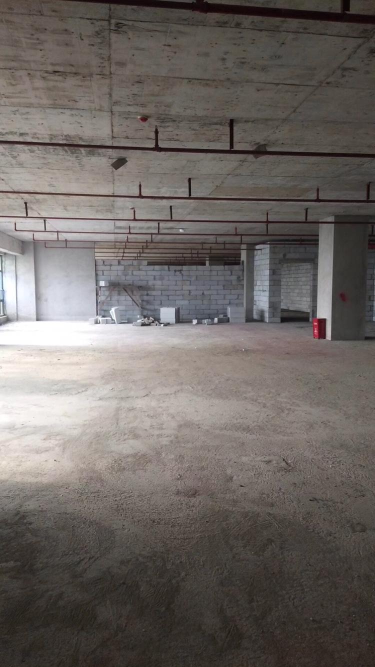 坪地占地4300㎡建筑4650㎡红本厂房出售