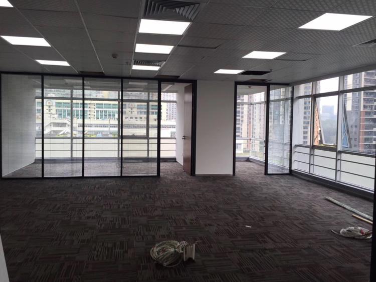 黄埔鱼珠地铁站附近世联空间写字楼办公室288平招租