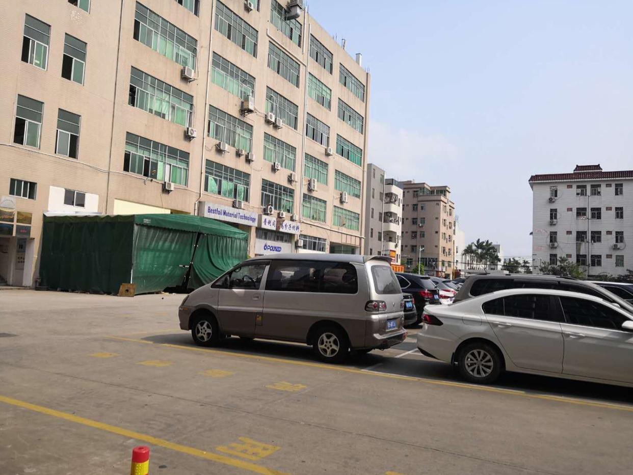 坑梓秀新街道红本厂房一楼1300平方出租