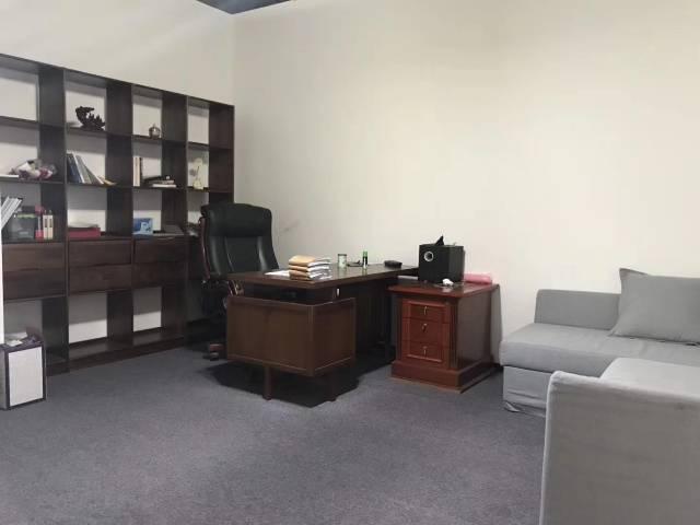 福永地铁口新出楼上原房东豪装办公室实际面积760出租-图4
