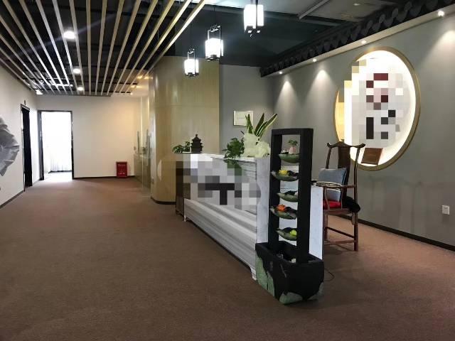 福永地铁口新出楼上原房东豪装办公室实际面积760出租-图6