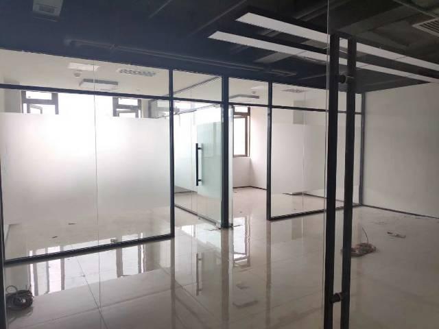 龙华清湖地铁口原房东办公室招租700平方空地5000平