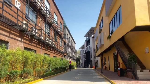 广州天河黄村新出写字楼招租,靠近地铁站。