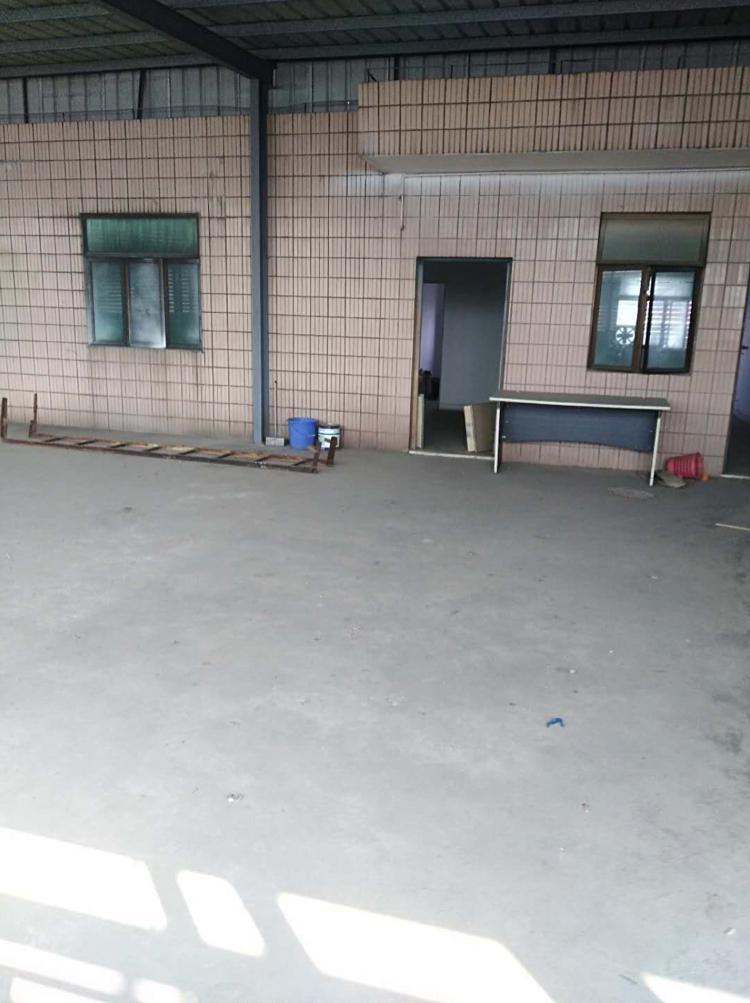 华南城附近厂房1000平米