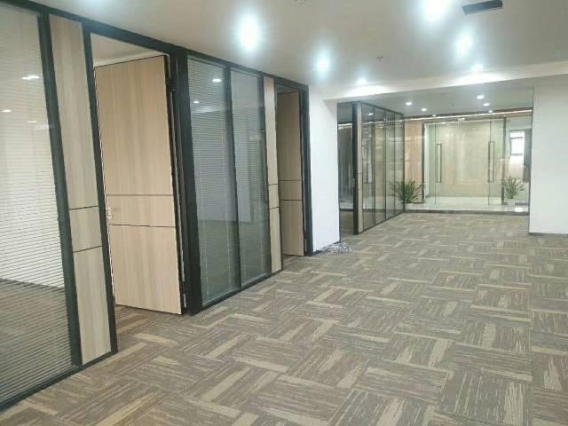 沙井中心路三至四人小户型办公室直租。成交价30元。