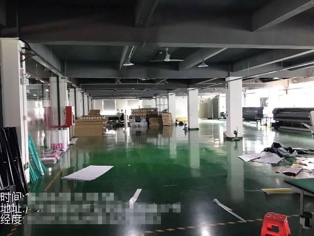 深圳市沙井宝安大道靠近地铁口楼上精装修1800平米厂房出招租-图2
