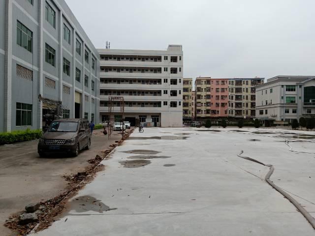 塘厦镇石鼓靠山边全新标准厂房三层招租