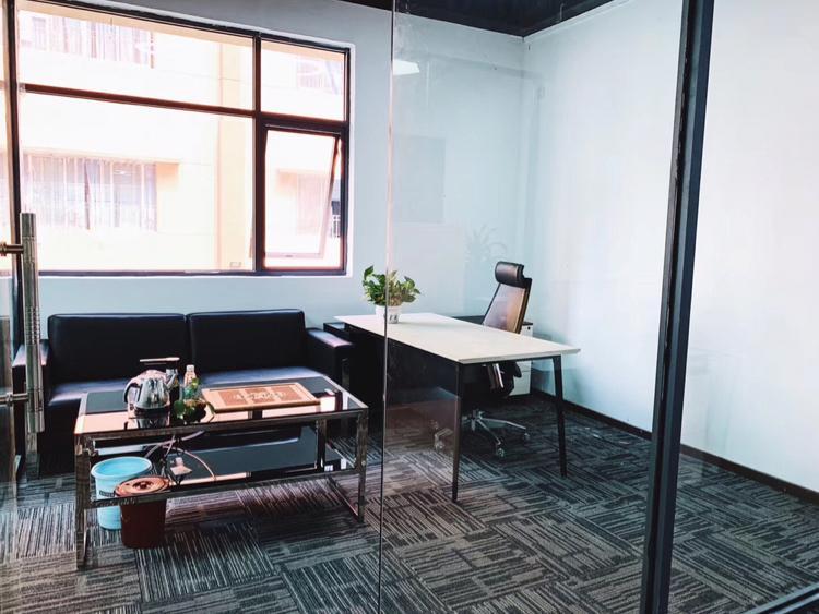 洪浪北地铁站全新精装写字楼可配家私63平起