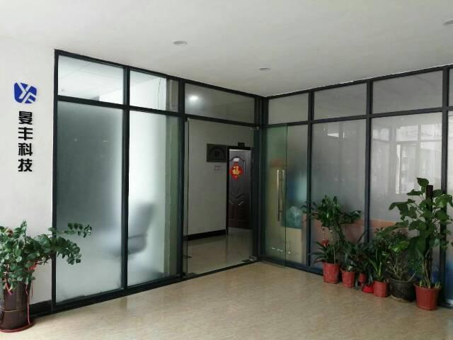 天河区广棠石路,写字楼出租,面积800平,地段还好。
