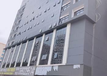 福永新出高层、双彩光写字楼120平图片1