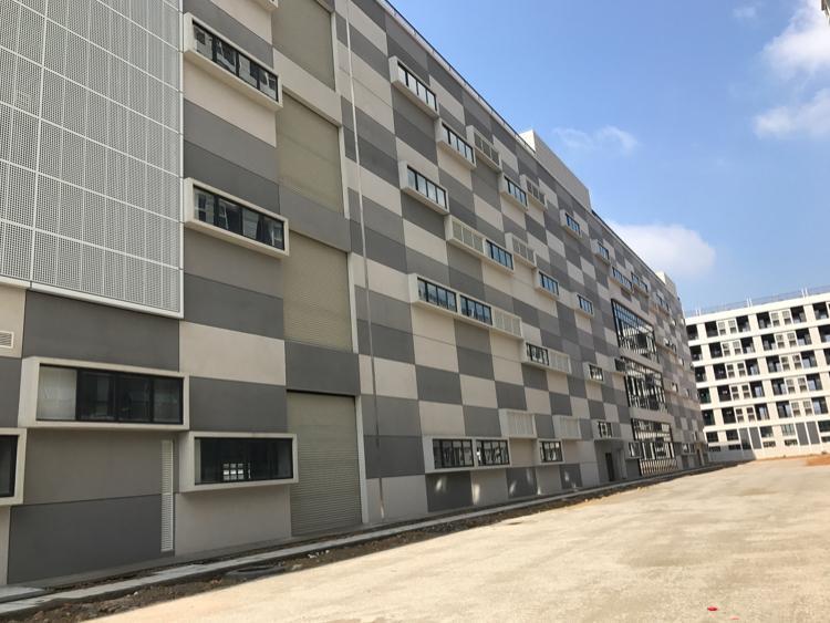惠州市平潭镇26000平全新标准厂房消防喷淋可进拖头
