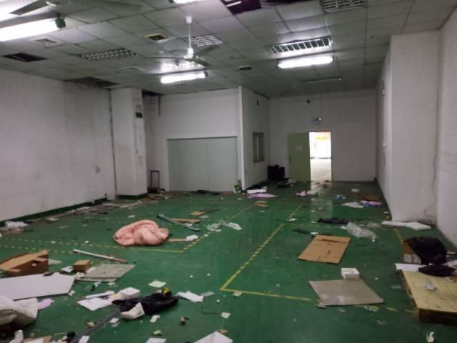 布吉坂田上雪工业区一楼厂房空出2300平