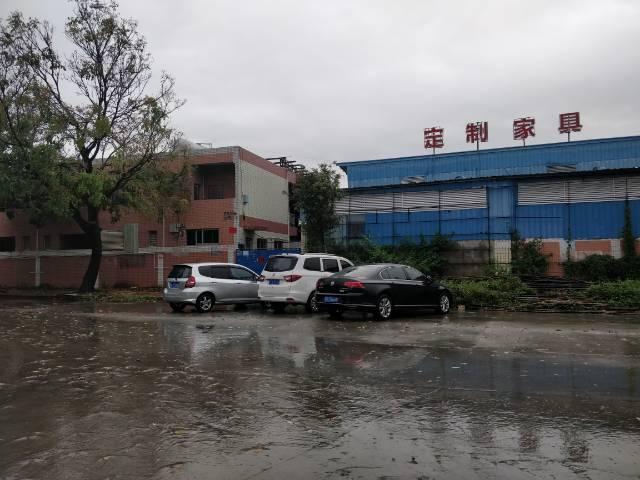 虎门赤岗马路边铁皮厂房出租,适合加工仓库