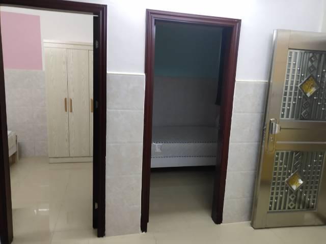 广州市天河区科韵路豪华装修带办公家具办公室120平招租