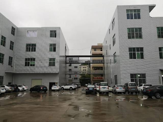 龙岗新出楼上2200平厂房,面积实在,只要16元!现成地坪漆