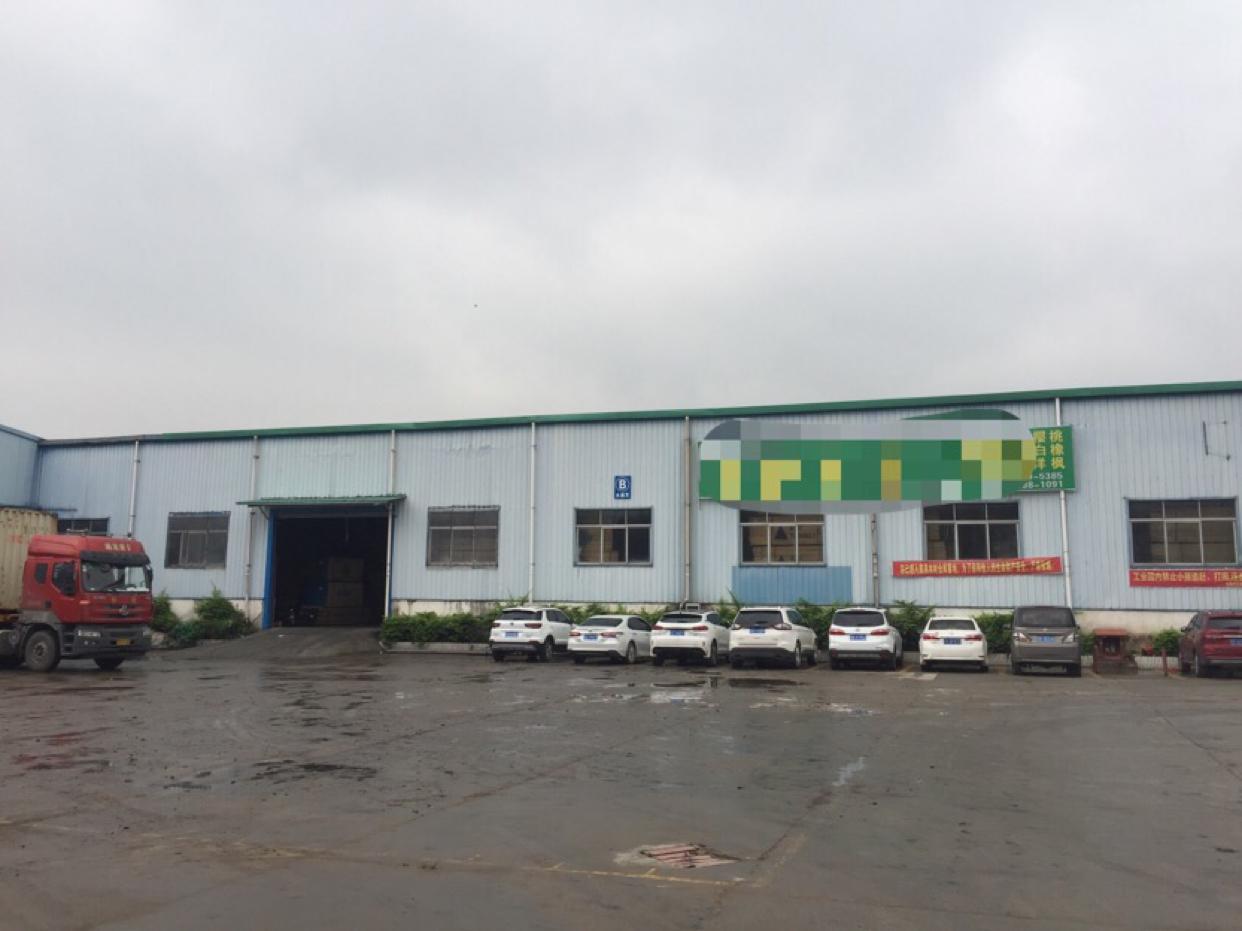 大岭山镇带卸货平台可做仓库单一层钢构厂房8800平方招租