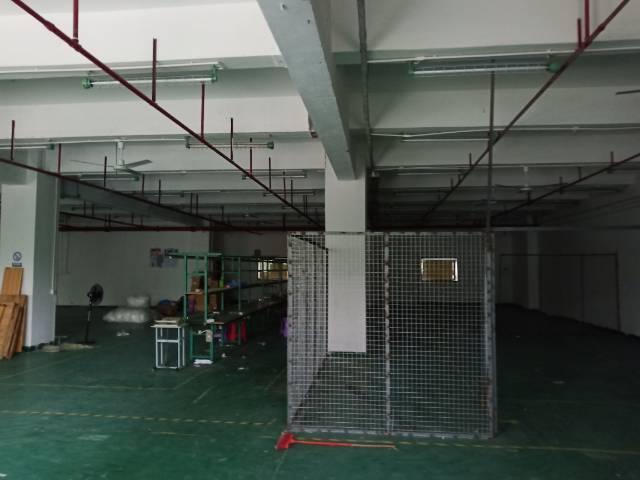 布吉坂田南坑村成熟工业区空出楼上800平