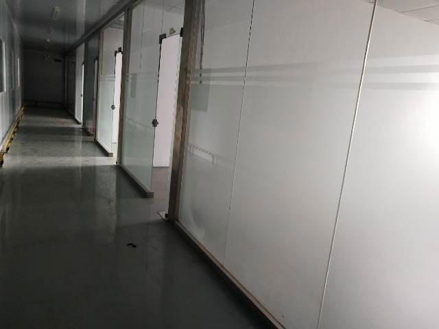 平湖辅城坳工业区独门独户6800平方厂房出租