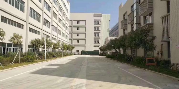 宝安中心区1500平电子厂转让