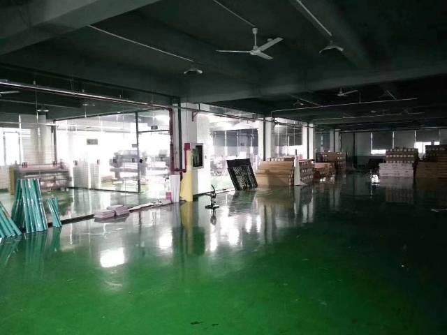 福永精装修厂房750平方无转让费