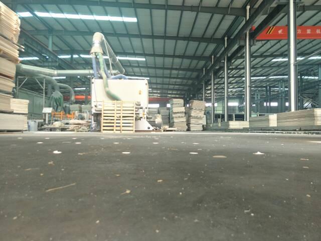 武湖钢结构厂房7000平米带行车滴水九米,配套食堂,办公室